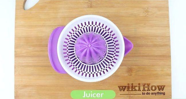 Imagine cu titlul Make the Lemon Juice Pasul 1