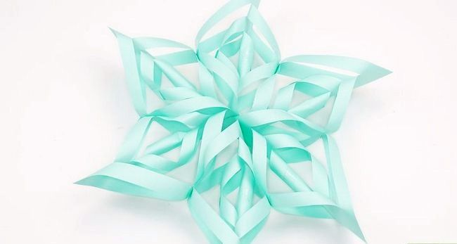 Imaginea intitulă Efectuați o hârtie 3D de zăpadă Step 12