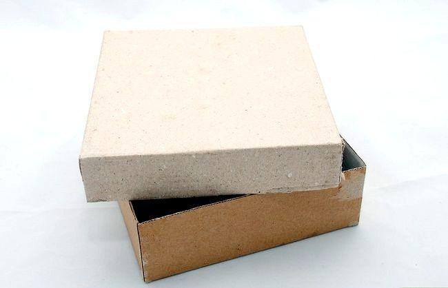 Decoreaza o cutie cadou