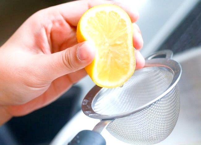 Imaginea intitulă Faceți un tort folosind un aparat de gătit sub presiune Pasul 16