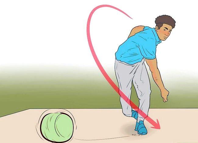 Image cu titlul Fii un bun Bowler Fast Step 6