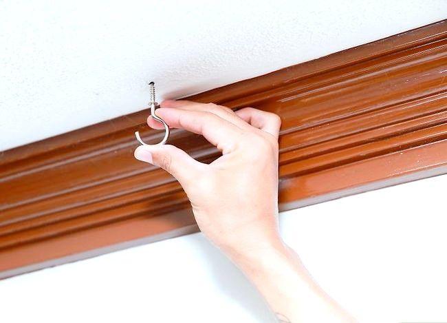 Imagine cu titlul Suspenda un cârlig dintr-un pas de tavan 5