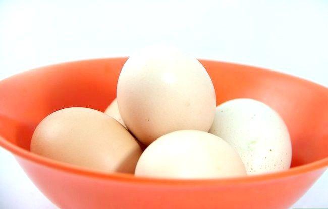 Decorarea unui ou de Paște