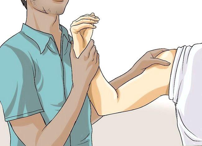 Imaginea intitulată Tratarea tendonitei antebratului Pasul 15