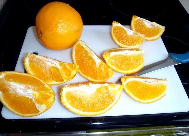 Imaginea intitulă Faceți coaja de portocale îmbuteliată Pasul 1