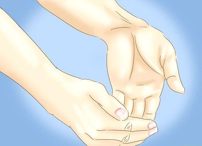 Imaginea intitulată Evitați sindromul de tunel carpian Pasul 3