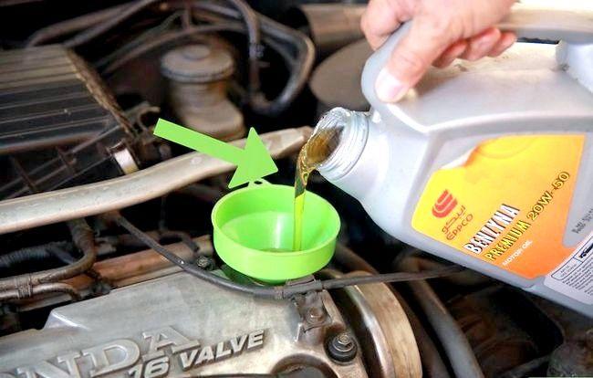 Imaginea intitulată Verificați uleiul dvs. Pasul 9