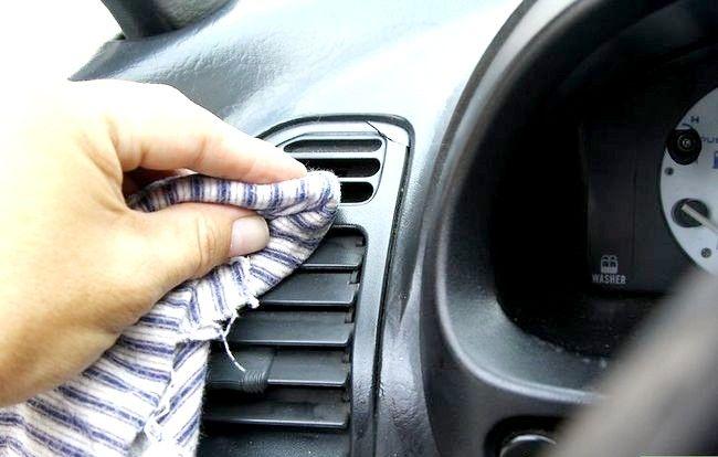 Imaginea intitulată Curățați mașina cu ingrediente acasă Pasul 17