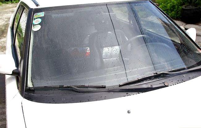 Imaginea intitulată Curățați mașina cu ingrediente acasă Pasul 31