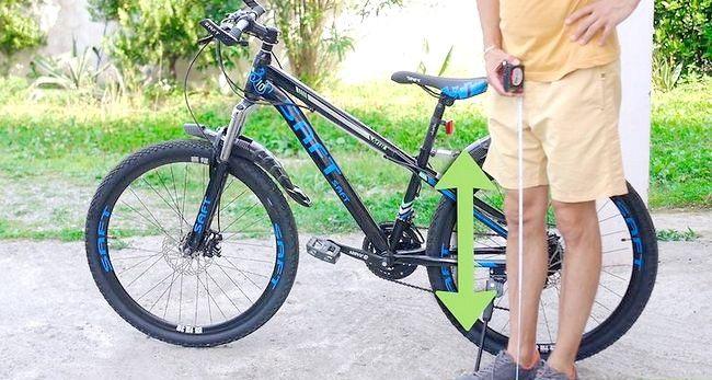 Imaginea intitulată Reglați scaunul pentru biciclete Pasul 2