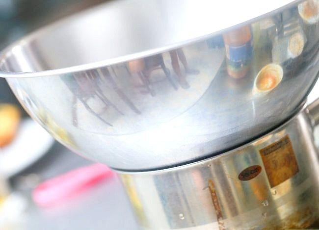 Imaginea intitulă Faceți caramel din lapte condensat îndulcit Pasul 6
