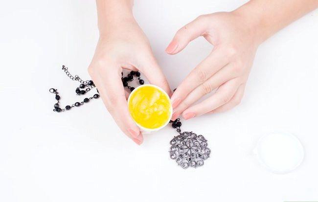 Imagine cu titlul Curățenie de bijuterii fals Pasul 9