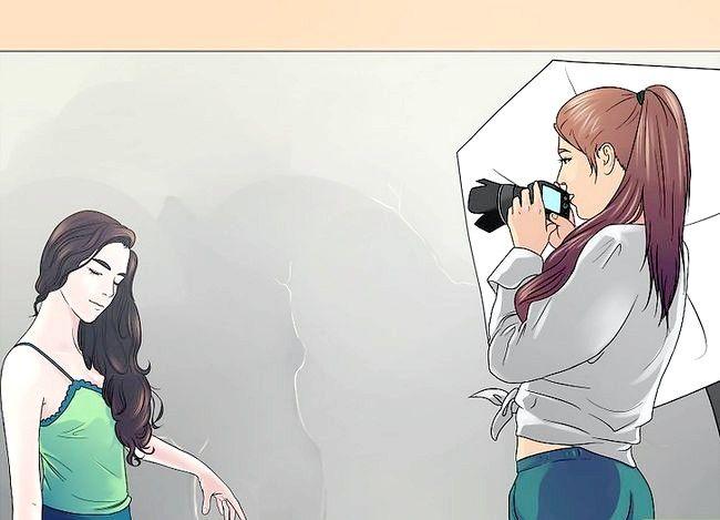 Imaginea intitulată Pose Like a Model Step 15
