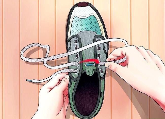 Imaginea intitulată Lace Shoes Step 13