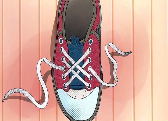 Imaginea intitulată Lace Shoes Step 27