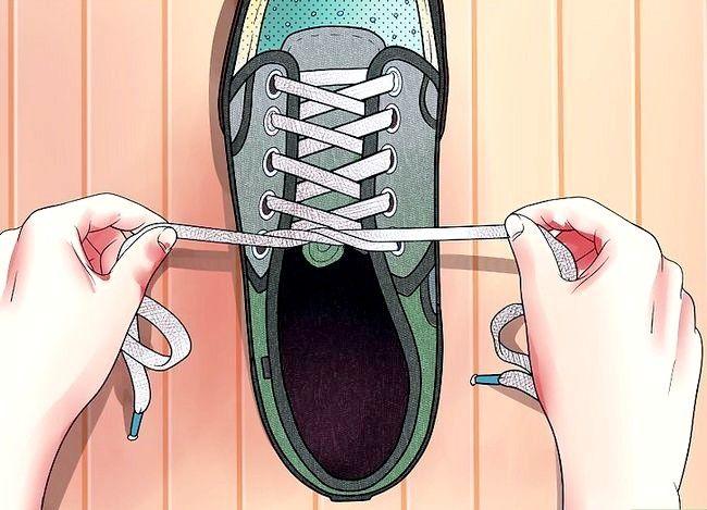 Imaginea intitulată Lace Shoes Step 29
