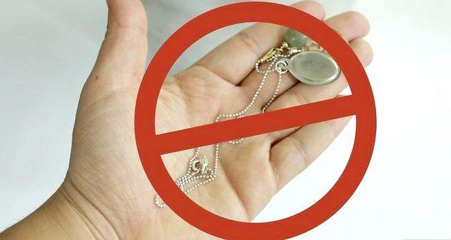 Imagine cu titlul Curățare de argint Sterling cu Soda de Coacere și Aluminiu Pasul 9