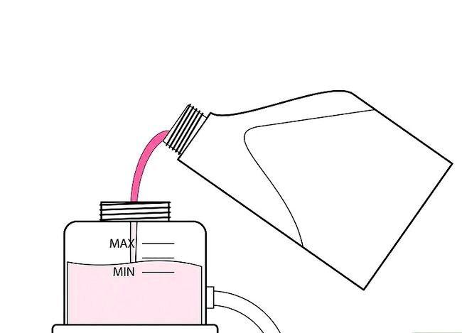 Imaginea cu titlul Verificați și adăugați lichidul de servodirecție Pasul 5