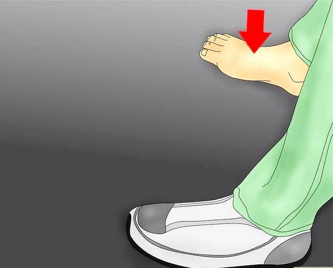 Image cu titlul Deal cu crampe de picioare Pasul 4
