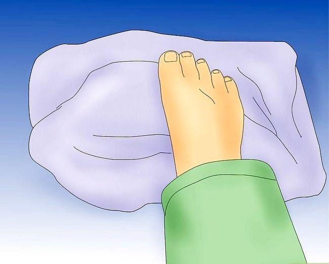 Image cu titlul Deal cu crampe picior Pasul 8