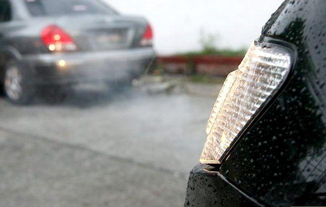 Imaginea intitulată Conduceți în siguranță în ceață Pasul 6