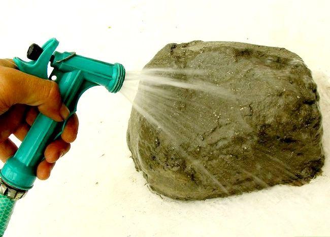Imagine cu titlul Faceți pietre false cu beton Pasul 12