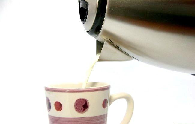 Imaginea intitulă Faceți Cacao fierbinte pasul 3