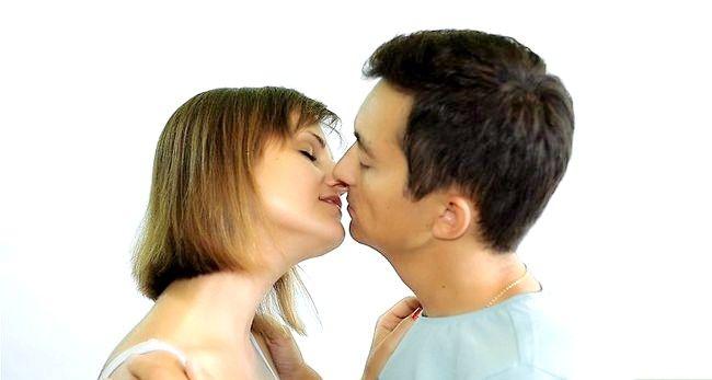 Imagine cu titlul Practice Kissing Pasul 17