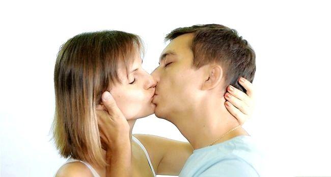 Imagine cu titlul Practicarea sărutării Pasul 20