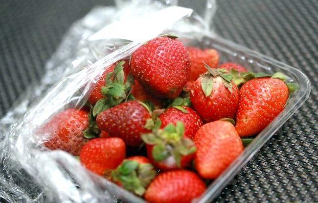 Asigurați-vă că căpșunile rămân proaspete